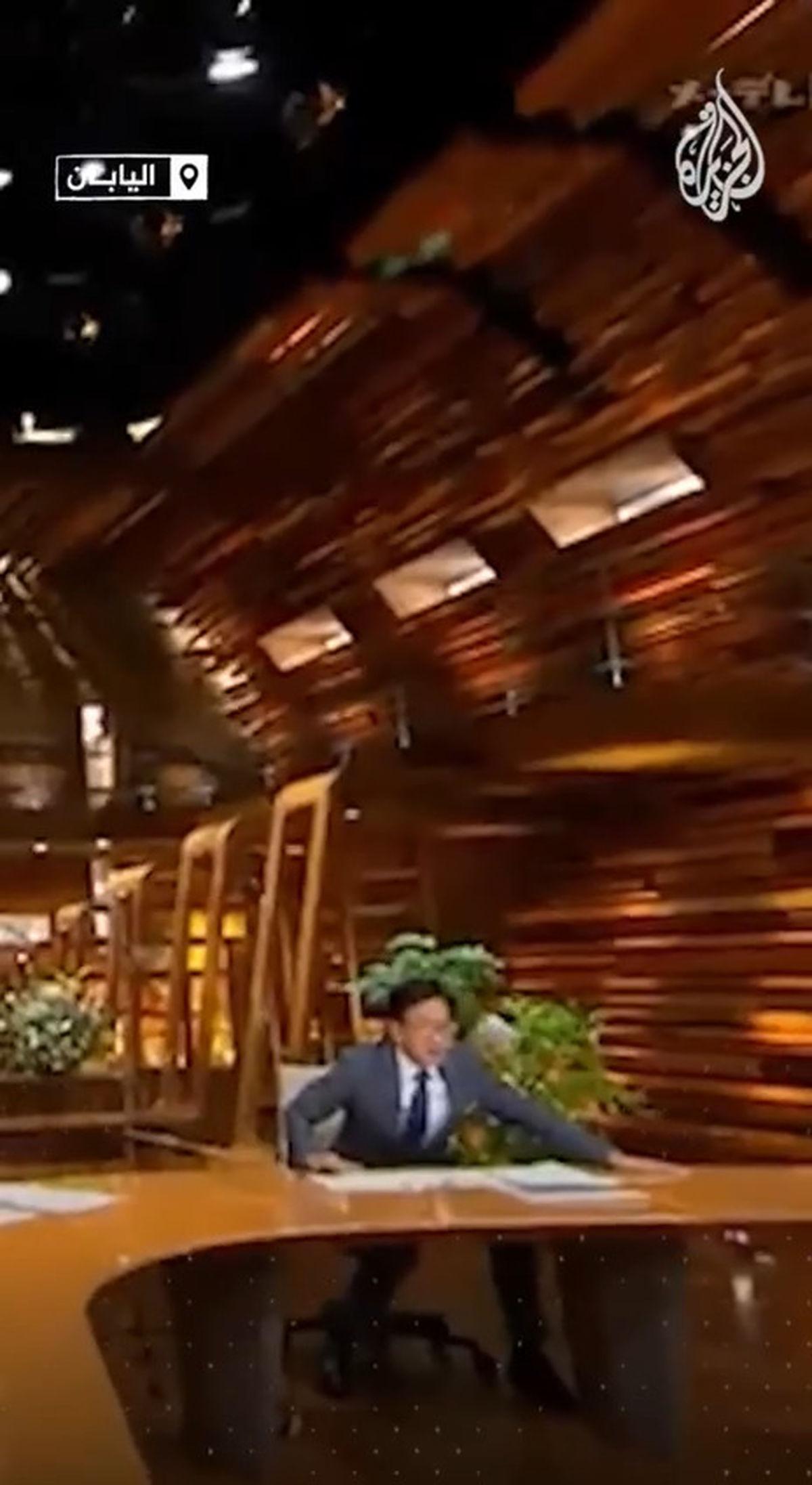 کار شجاعانه مجری خبر ژاپنی وسط زلزله ۶ ریشتری+فیلم