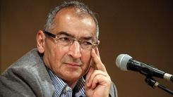 ادعای صادق زیباکلام: پیروزی رییسی در رقابت با لاریجانی قطعی است