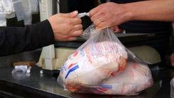خبر غافلگیر کننده از بازار مرغ/ مردم مرغ را ارزان کردند