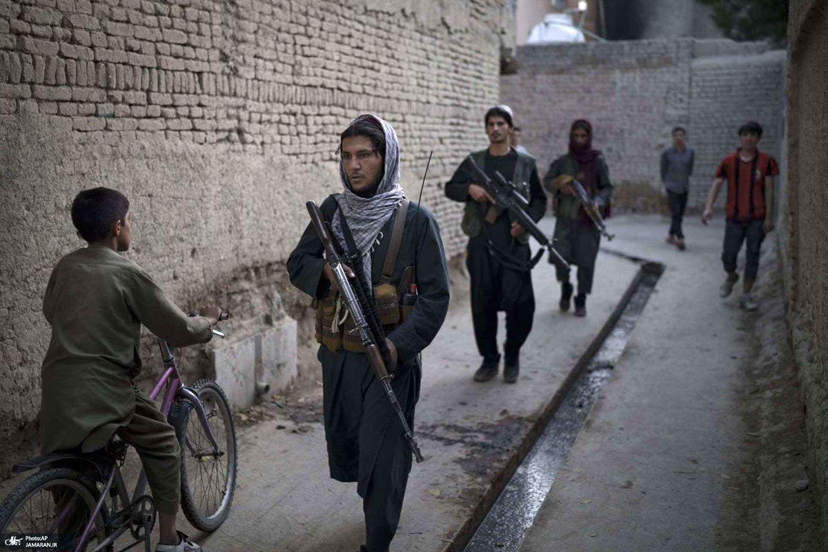گشتهای طالبان در خیابانهای کابل +عکس