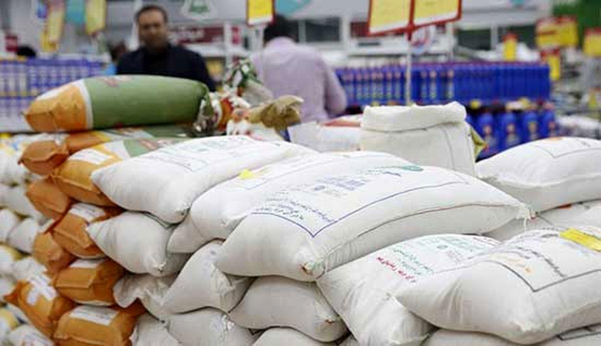 افزایش بیسابقه قیمت برنج/مردم، برنج را «پیمانهای» میخرند