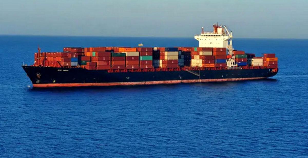 حمله نظامی به کشتی عربستان / عامل حمله کیست؟