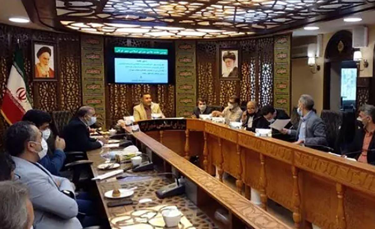 جلسه شورای شهر به دعوا ختم شد / فیلم