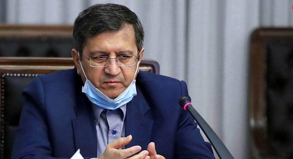 همتی: دولت قیمت گذاری دستوری را رها کند!